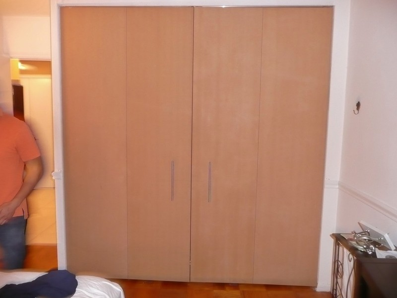 Nyc custom closet doors bi fold sliding hinged pivot for Bedroom 7 feet wide