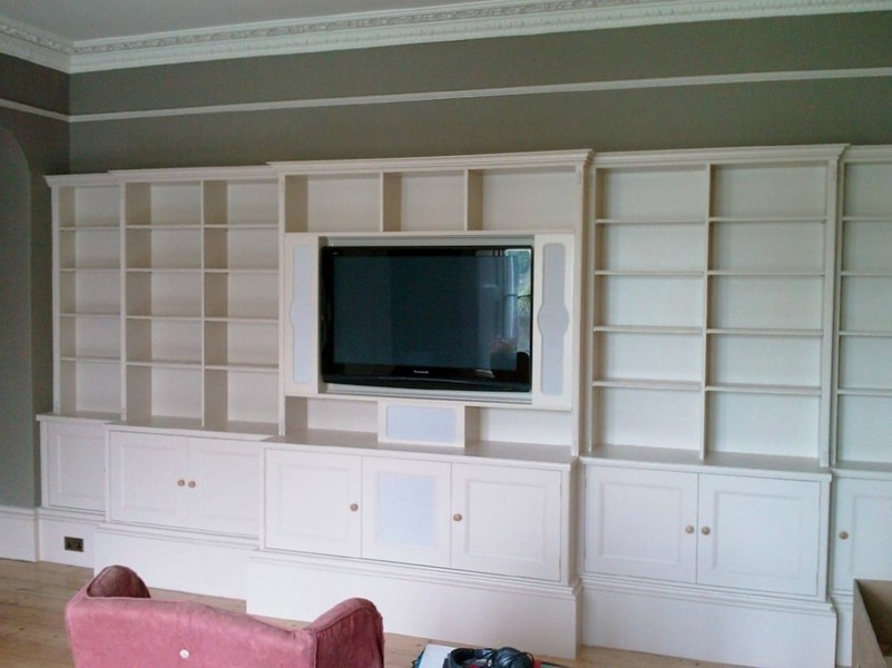 how to build a built in tv shelf unit